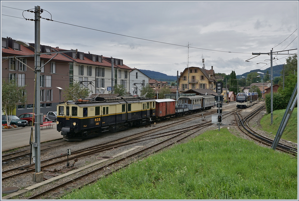 Der DZe 6/6 2002 in Blonay.