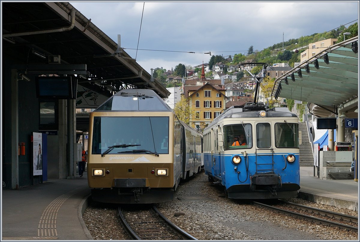Der MOB ABDe 8/8 4002 VAUD in Montreux.