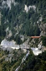 bdeh-44/346039/im-juli-1983-ist-ein-bdeh Im Juli 1983 ist ein BDeh 4/4 der MC in den Steilwänden des Val de Trient unterwegs